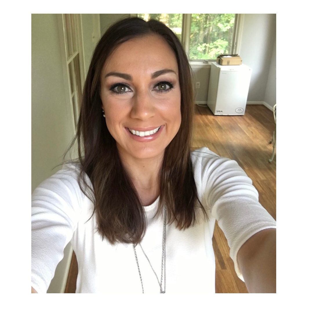 My name is Maria Van Tiflin! I am a doctor of physical therapy and a doTERRA wellness advocate. I am a wife and a mom of two. I love helping people thrive in every area of life (physically, mentally, spiritual) through natural and holistic options. Follow me on Instagram: @thept_docs